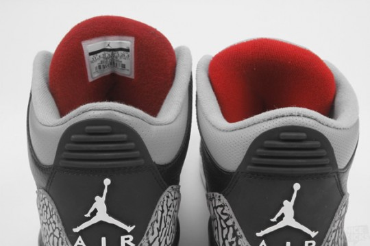 competitive price da3b9 a949a Air Jordan 3 Black Cement: Comparison 2008 vs. 2018 ...