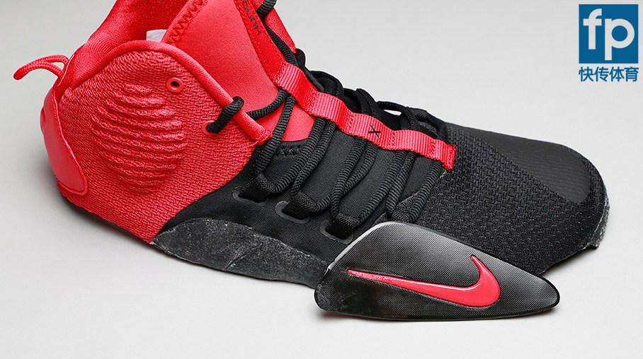 super popular 1098c 8f95e Did you notice anything unusual in this Nike Hyperdunk X deconstruction   Let us know in the comments below.